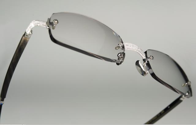 گرانترین عینک طبی از جنس طلا