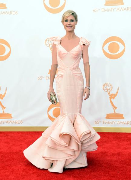 جولی بوون (Julie Bowen)، طراح لباس زاک پوسن، 2013