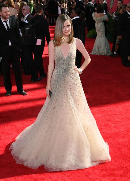 رز بایرن (Rose Byrne)، طراح لباس وانتینو، 2009