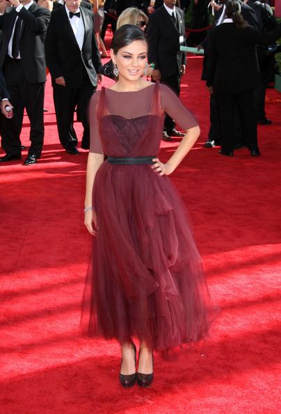 میلا کونیس (Mila Kunis)، طراح لباس مونیک لویلییر، سال 2009