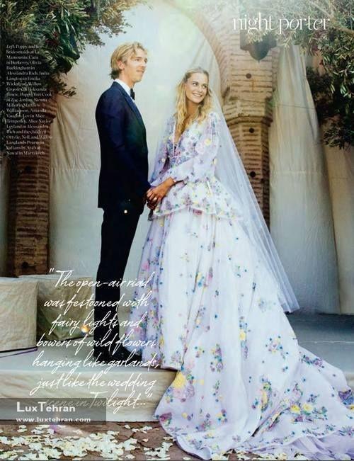 لباس عروس رنگی لباس سفید
