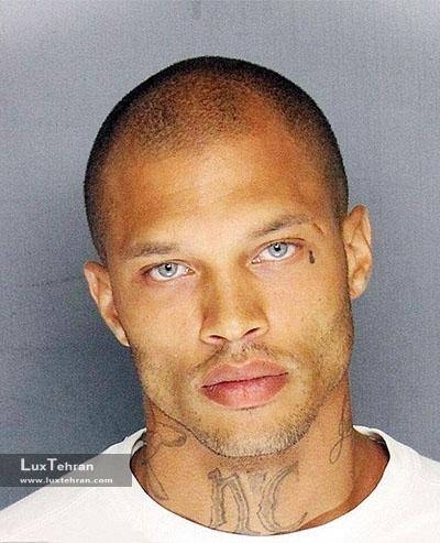 مدل مرد جرمی میکز ؛ از سلول های زندان تا مدلینگ و قدم زدن بر روی کت واک