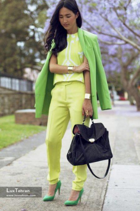 ترکیب رنگ لباس سبز و زرد