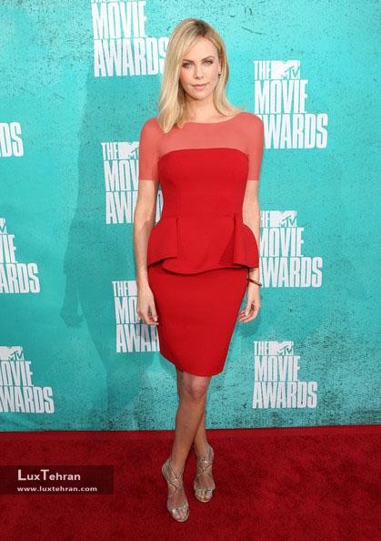 طراح لباس شارلیز ترون : لانوین، سال 2012
