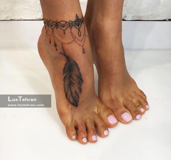 طرح تاتو و حنا پر روی پا