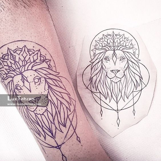 نقش تاتو شیر روی بازو