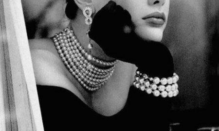 چگونه لباس مشکی مجلسی را با زیورآلات زیبا ست کنیم ؟ / ست لباس مشکی با انواع جواهرات