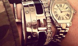 معرفی گرانقیمت ترین مدل های ساعت مچی کارتیر + قیمت / تاریخچه ساعت مچی کارتیر ساعت کارتیر نخستین ساعت مچی مسطح با صفحهای چهارگوش / با ساعت مچی کارتیر پرواز کنید