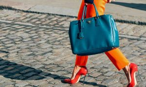 چی بپوشیم : چگونه لباس بپوشیم تا قد بلند تر به نظر بیایم / خانم های قد کوتاه بخوانند