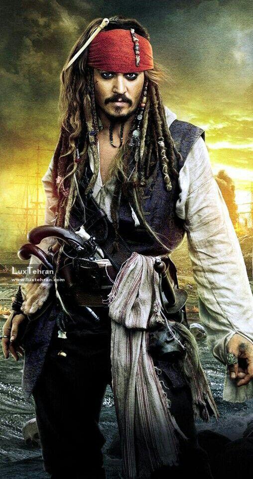 جانی دپ در نقش جک اسپارو
