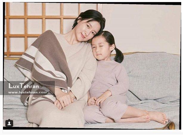 فوتوشوتی از لی یانگ و فرزندش که برای مجله