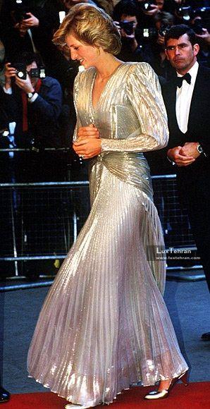 پرنسس دایانا را در قالب لباس پوشیده فاخر و بلند