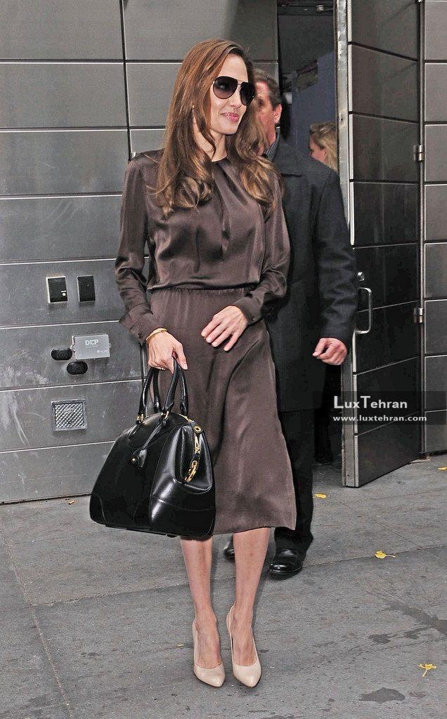 کیف های دستی چرم مشکی آنجلینا جولی، طرحی از برند رالف لورن