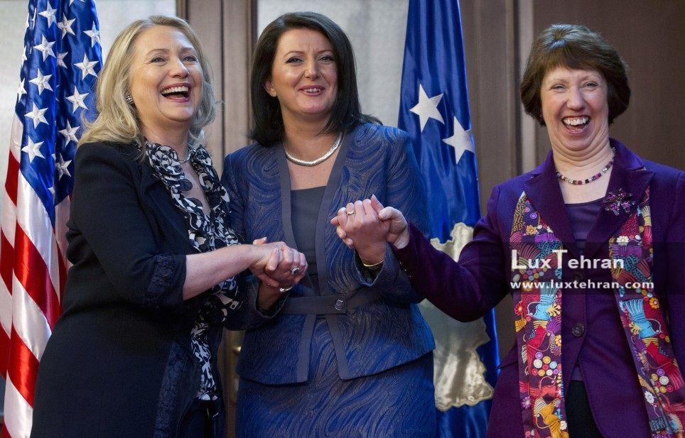 زنان سیاستمدار جهان تصویری از تیپ کاترین اشتون و هیلاری کلینتون در دیدار با رییس جمهور کزووو
