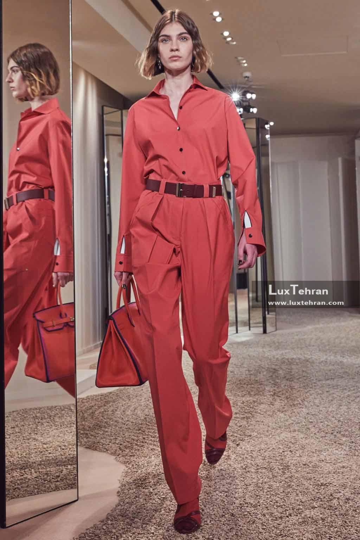 لباس زنانه و کیف دستی چرمی