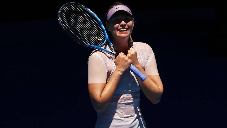 ماریا هنگام مسابقه ضد آفتاب هایی با SPF 50