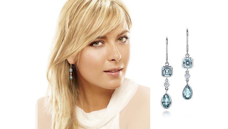 ماریا شاراپووا را با گوشواره الماس آبی رنگ تیفانی