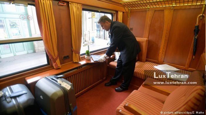 قطار لوکس گردشگران مجارستانی که وارد تهران شدند
