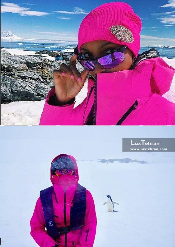 استایل زمستانی صورتی رنگ جاسمین در سفر ژانویه ای به قطب جنوب