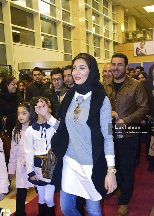 تیپ ساده نیکی مظفری، دختر مجید مظفری در حاشیه سی و ششمین جشنواره فیلم فجر