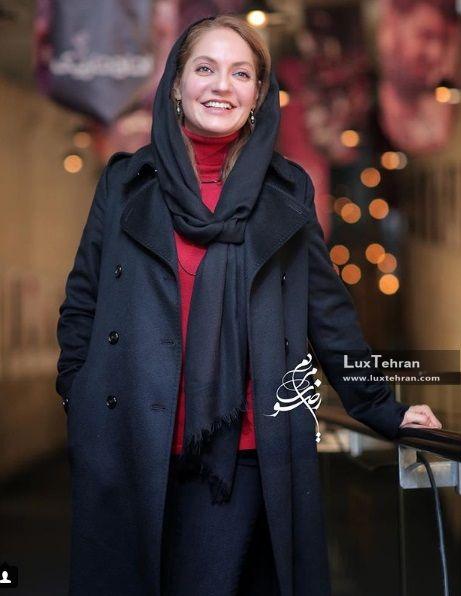 مهناز افشار، هنرپیشه سینما و تئاتر مشهور ایران در سی و ششمین جشنواره فیلم فجر