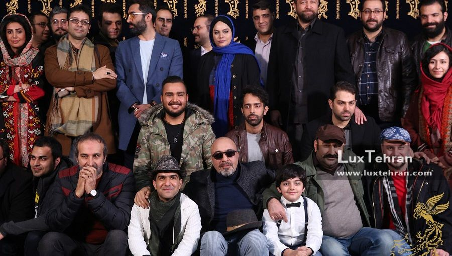 تیپ عوامل فیلم مصادره در کنفرانس خبری این فیلم در سی و ششمین جشنواره فیلم فجر
