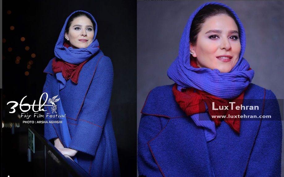 تیپ سحر دولتشاهی با شال و مانتو پشمی آبی رنگ