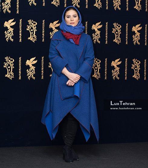 از کلکسیون مانتوهای خوش رنگ و خوش دوخت سحر دولتشاهی در سی و ششمین جشنواره فیلم فجر