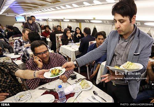 سرو غذا در رستوران قطار لوکس ۵ ستاره زندگی