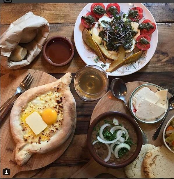 صبحانه هیجان انگیز در گرجستان