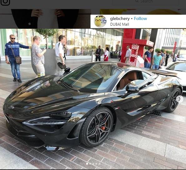 ماشین های لوکس در خیابان ها برای دبی گردی