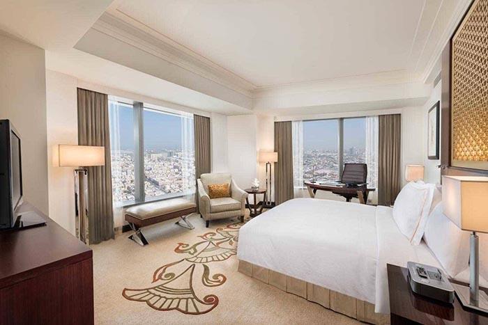 نمای اتاق دلوکس هتل کنراد برای دبی گردی