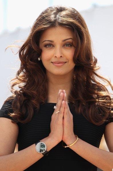 موهای بلند موج دار آیشواریا بازیگر هندی