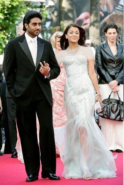 آیشواریا را درکنار همسرش در این لباس فاخر