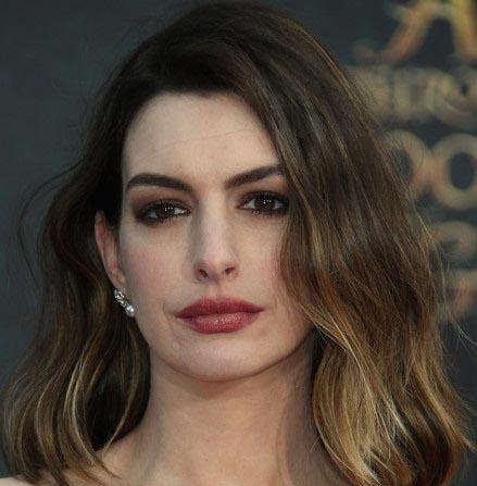 مدل مو کوتاه موجی آن هاتاوی