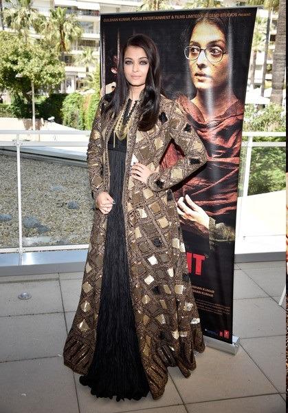 لباس سنتی هندی آیشوریا رای