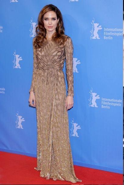 لباس مجلسی بلند به نسبت ساده آنجلینا جولی