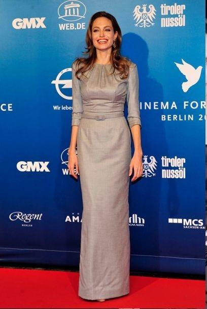 لباس ساده بلند پوشیده از مدل های لباس آنجلینا جولی