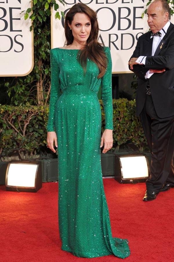 لباس سبز رنگ کریستالی آنجلینا جولی