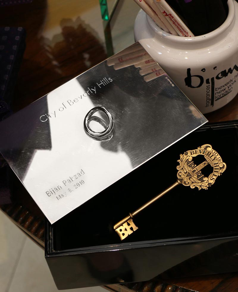 کلید افتخاری شهر بورلی هیلز برای بیژن پاکزاد