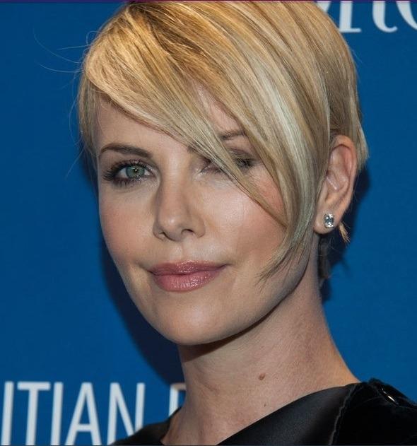 مدل موی کوتاه و زیبای  شارلیز ترون