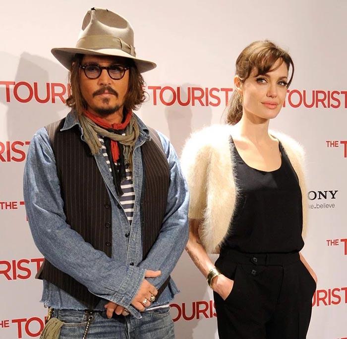 آنجلینا جولی سوپر استار هالیوود در کنار جانی دپ