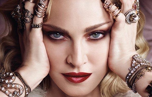 مدونا خواننده آمریکایی ملکه پاپ