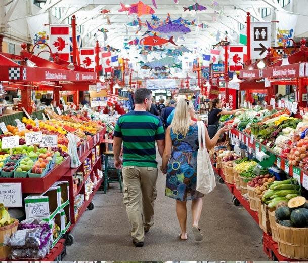 بازار میوه در کانادا