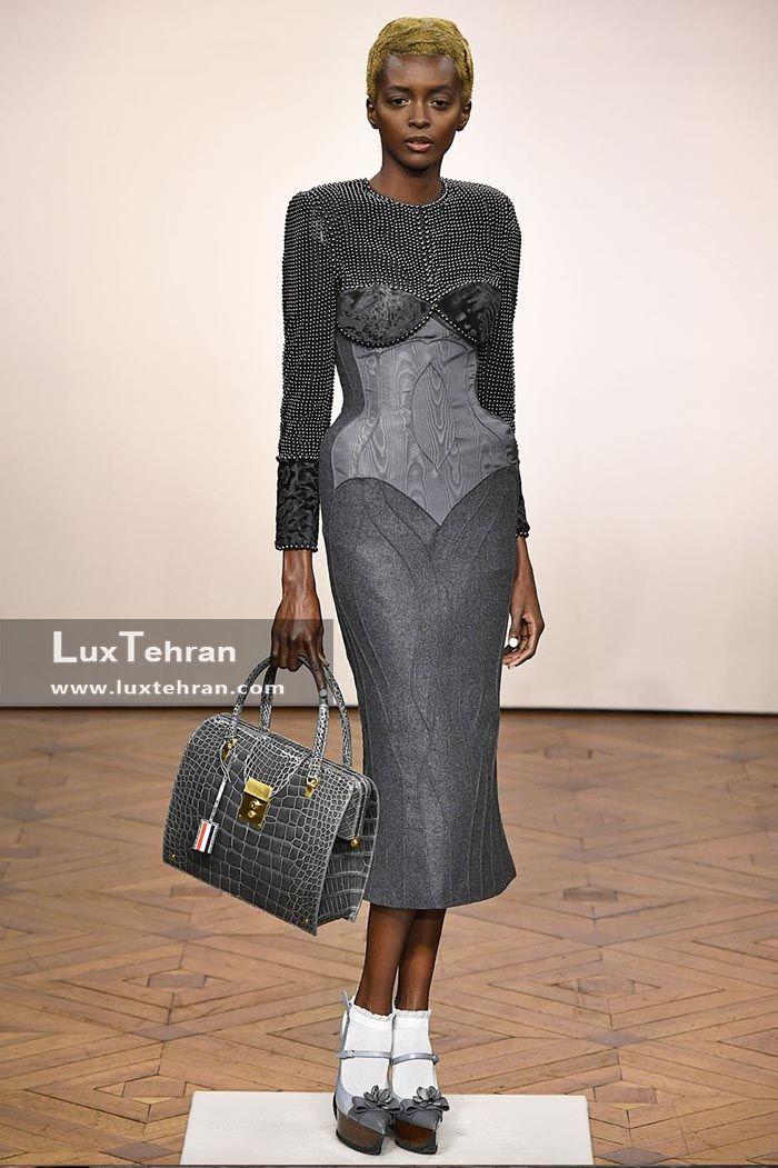 لباس خاکستری رنگ زیر زانو در هفته مد پاریس