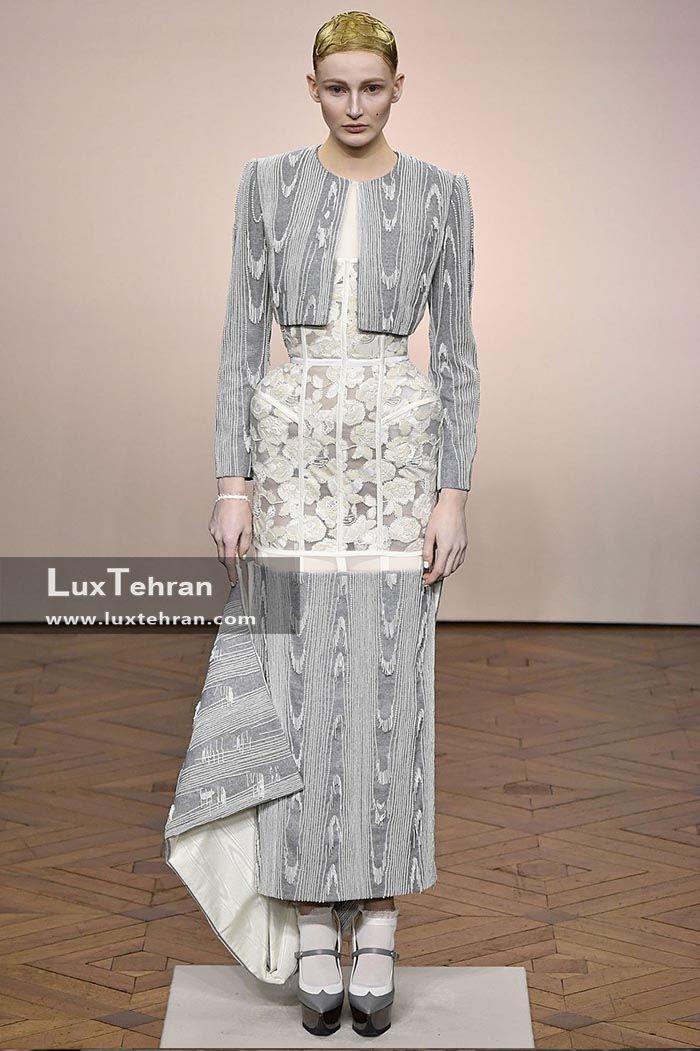 کت کوتاه جلو باز با استین های بلند مدلی در هفته مد پاریس