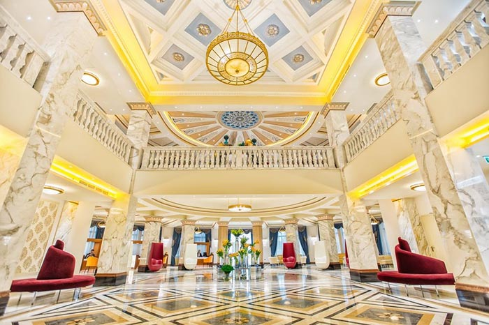 هتل بالتیمو تفلیس گرجستان