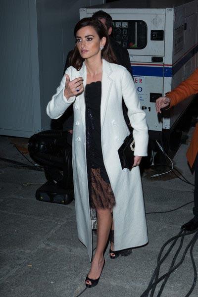کت های سفید بلند دوست داشتنی پنه لوپه کروز