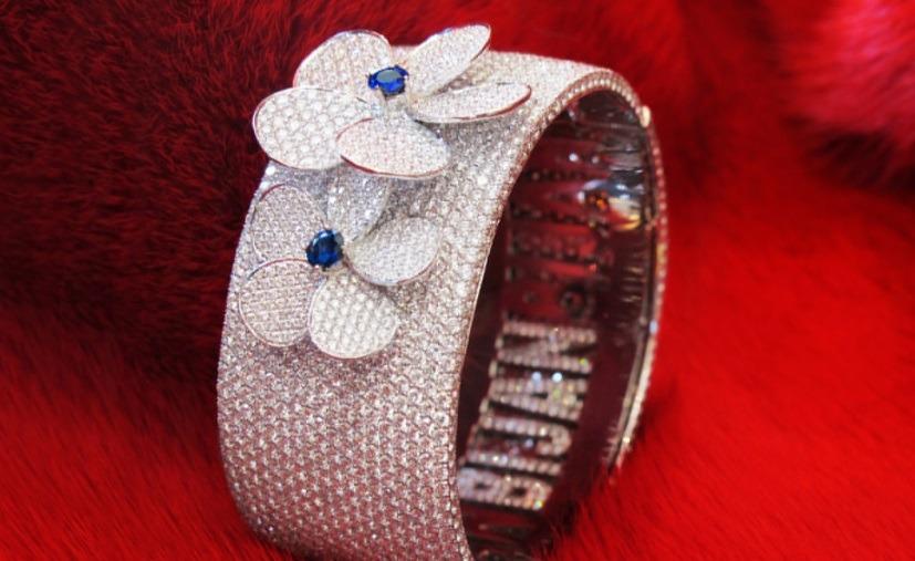 دستبند الماس برند بیژن