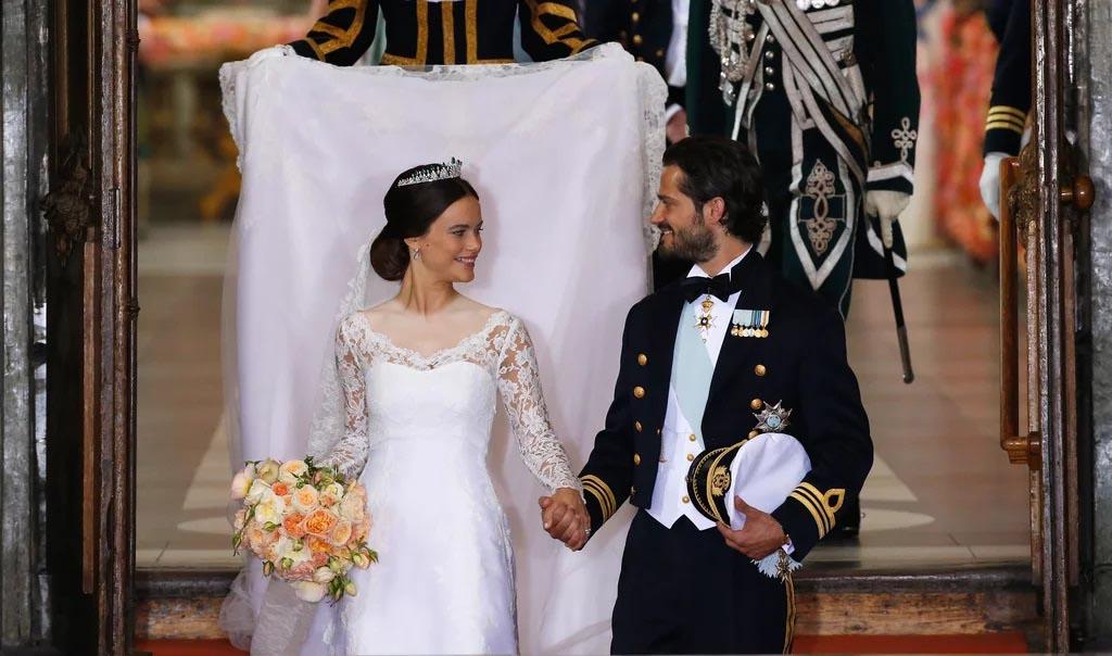 لباس عروسی سوفیا هالکویست